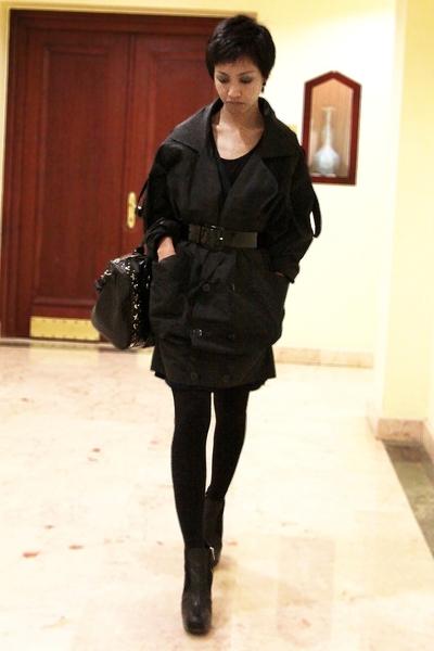 black studded Mango purse - black asoscom leggings - black Mango shirt