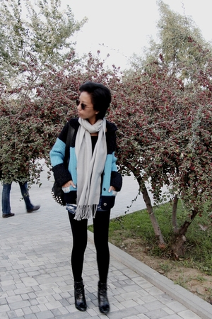 gray Diddys scarf - blue DIY - black studded bag Zara - blue Marc Jacobs