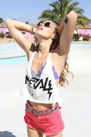 red belted shorts - black circular sunglasses - white top