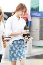 sky blue jeans - white shirt