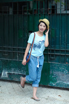light yellow hat - blue bag - sky blue jeans pants - light blue blouse