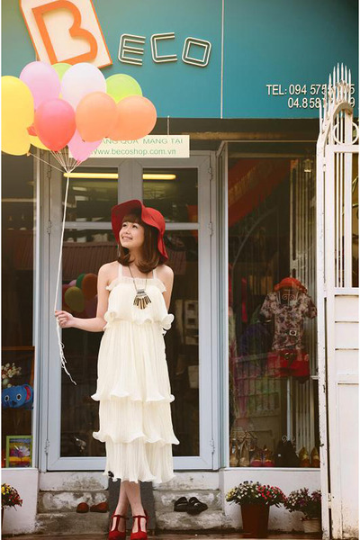 ivory chiffon dress - ruby red shoes - ruby red hat