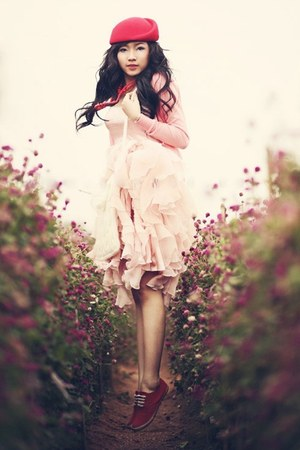 light pink dress - red beret hat - red sneakers