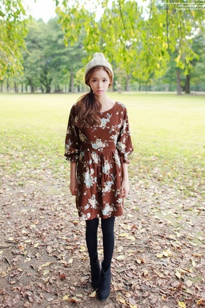 black shoes - dark brown dress - beige hat - black tights