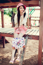 floral print bag - bubble gum hat - ivory blouse - pink skirt