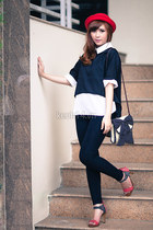 red hat - dark gray leggings - white shirt - dark gray bag - navy blouse
