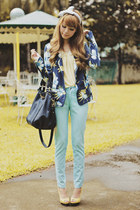 violet blazer - light yellow shoes - black bag - light blue pants