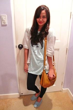Bazaar leggings - audrey hepburn People are People shirt - Bayo bag
