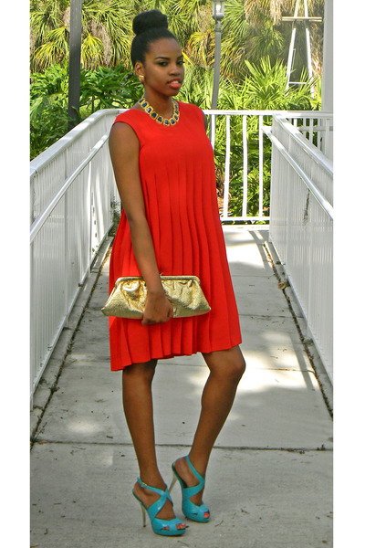red pleated laundry dress - gold bag - turquoise blue Bakers sandals