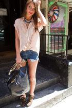 black Poppy Coach accessories - blue Poppy Coach necklace - beige Elizabeth and