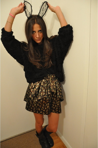 black American Apparel sweater - brown Doucette Duvall skirt - black Steve Madde