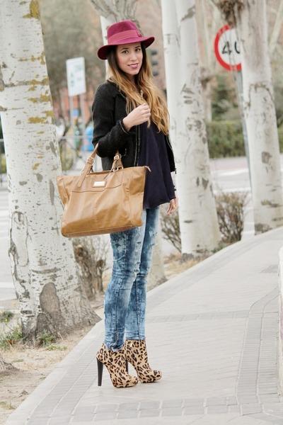 Zara boots - Mango bag