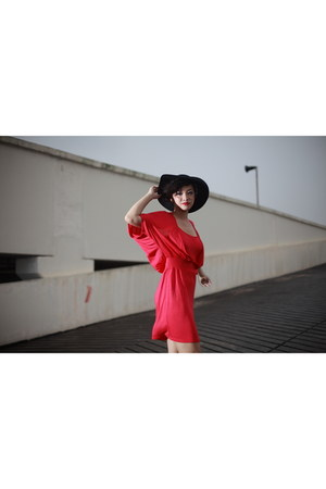 red dress Armoire dress