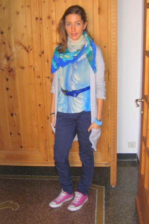 pink All Stars shoes - blue Zara jeans - blue handmade t-shirt - blue handmade s