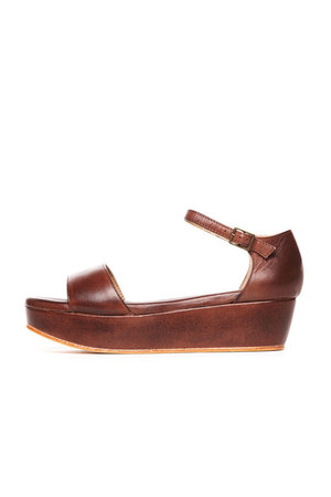 brown Gee WaWa sandals