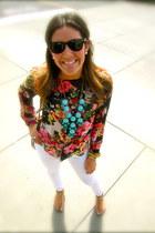 turquoise J Crew necklace - white Paige Premium Denim jeans - Ray Ban sunglasses