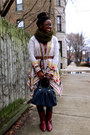 Crimson-thrifted-vintage-boots-army-green-circle-scarf-scarf