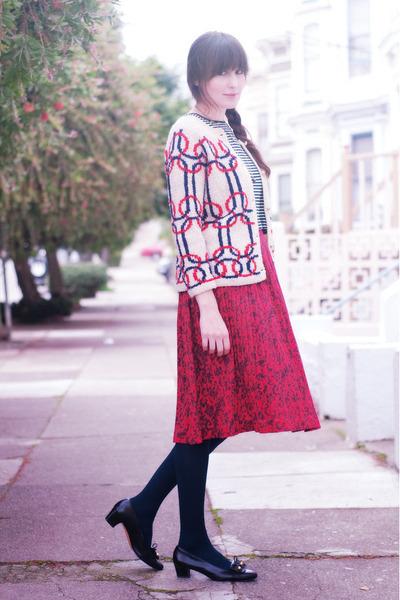 vintage skirt - vintage Ferragamo shoes - thrifted top - vintage cardigan