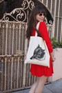 Vintage-ferragamo-shoes-zara-dress-libris-lunaria-bag-vintage-sunglasses