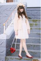 vintage purse - vintage Ferragamo shoes - vintage dress - vintage blouse