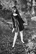 vintage 1960s dress - vintage hat - vintage sunglasses - fletcher by lyell heels
