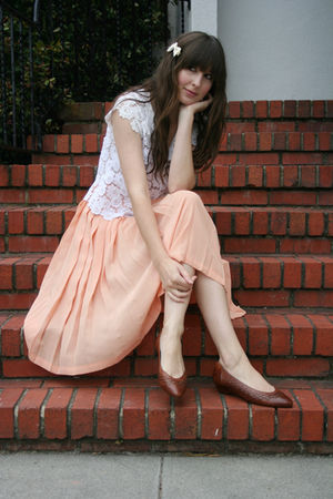 vintage blouse - vintage shoes - vintage skirt