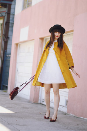 vintage coat - vintage shoes - vintage dress - vintage hat - vintage bag