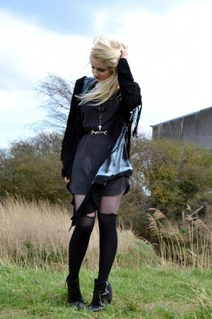 H&amp;M boots - H&amp;M dress - Topshop jacket - Primark stockings