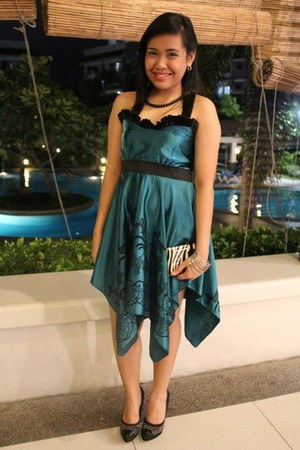 teal Jewels dress - black sm department store pumps