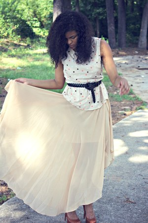 Forever 21 skirt - Forever 21 shirt - Bakers heels