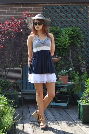 blue Strawberrys top - white Joe Benbasset skirt - beige Louis Vuitton shoes - b