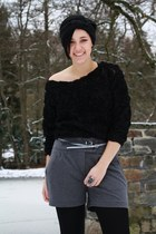 black 3d mesh roses sweater - charcoal gray New Yorker shorts