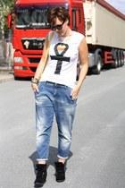 met jeans - Sheinside shirt - sneaker wedges