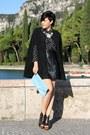 Black-shoes-light-blue-clutch-bag-black-romwe-cape