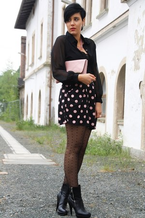 light pink clutch Primark bag - black H&M skirt - black lace back paerdoll blous
