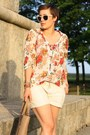 Tan-linen-shorts-brown-hallhuber-bag-ruby-red-floral-primark-blouse