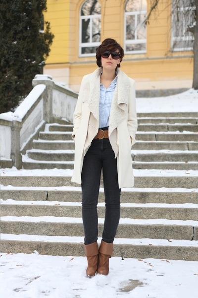 3 suisses shirt - H&M boots - Primark coat - Cheap Monday jeans - fur Orsay vest