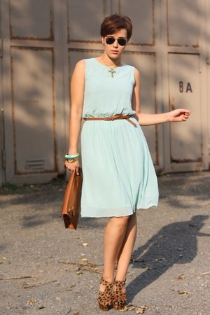 backless Chicwish dress - romwe bag - Kandee heels - cross vintage necklace