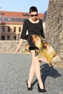 Vero-moda-shirt-galaxy-print-skirt-primark-wedges
