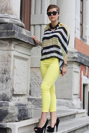 stripes blouse - Primark heels - jeane blush pants - spike bracelet
