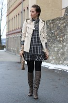 overknee Bruno Premi boots - SOliver dress - military lucky star coat