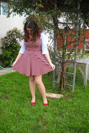 blue Gap shirt - red bycorpus dress - beige unknown brand tights - red Macys sho