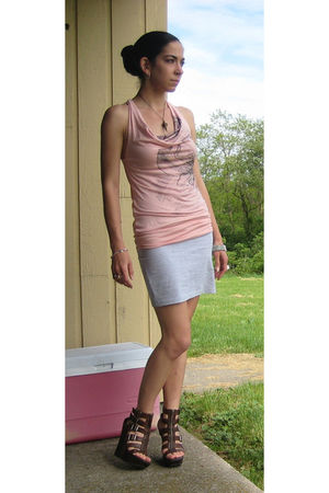 pink top - gray H&M skirt - brown Jessica Simpson shoes - silver SaltCityChains