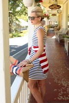 American Apparel DIY purse - Zara dress - Zara sweater - Karen Walker sunglasses