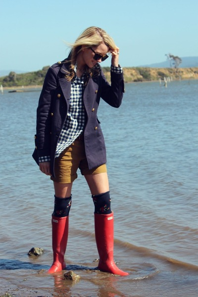 Forever 21 jacket - Hunter boots - Gap shorts - Gilly Hicks socks