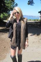 rachael roy vest - Theory dress - madewell leggings - dolca vita boots - Burberr
