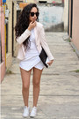 Light-pink-blazer-zara-blazer-black-clutch-persunmall-bag