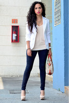 gold gold asos ring - navy Zara jeans - white Bershka blazer