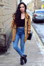 Black-studded-pull-bear-boots-blue-high-waisted-bershka-jeans