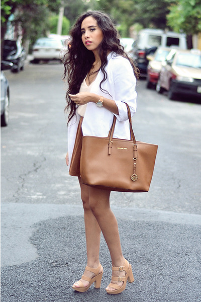 white white Zara blazer - bronze tote Michael Kors bag